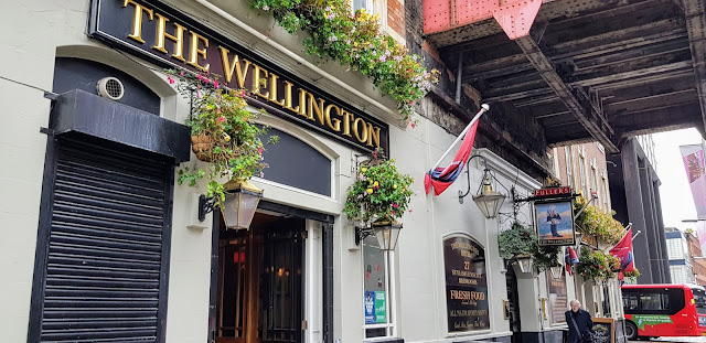 Historic Wellington Hotel, Lambeth