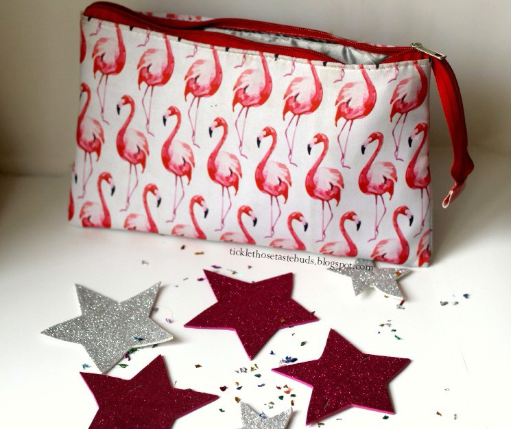 Flamingo-Makeup-Bag