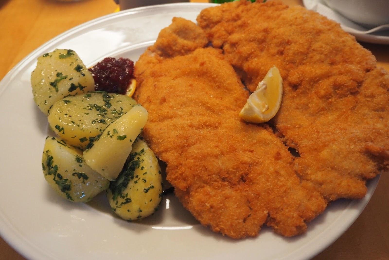 Weiner Schnitzel Barenwirt restaurant Salzburg