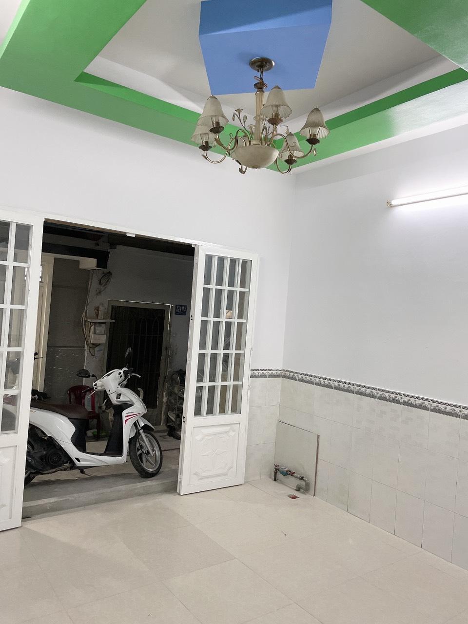 Bán nhà quận Bình Tân dưới 2 tỷ sổ hồng riêng đường số 5 Bình Hưng Hòa A