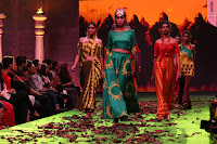 Tamannaah Bhatia Fashion of Bahubali 2 The Conclusion pics 23.JPG