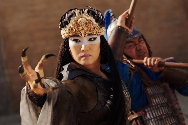 Gong Li sebagai siluman elang