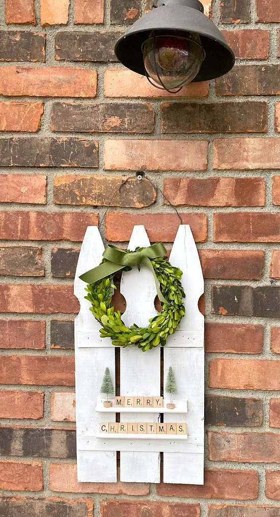 Repurposed Picket Fence Holiday Decoration