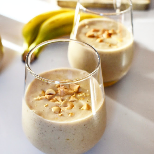 Milkshake à la banana et aux cacahuètes