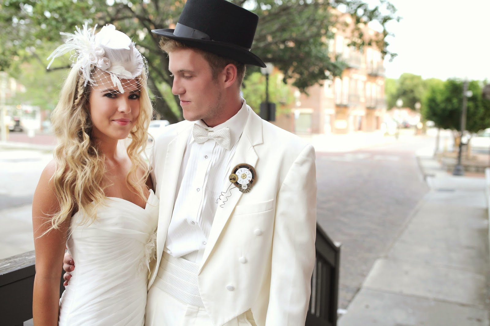 The Fake Wedding - an Alice in Wonderland inspired bridal show ...