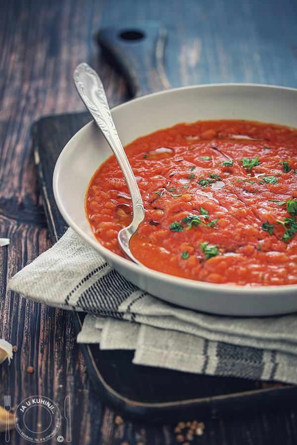 Potaž od pečenih paprika i paradajza sa heljdom