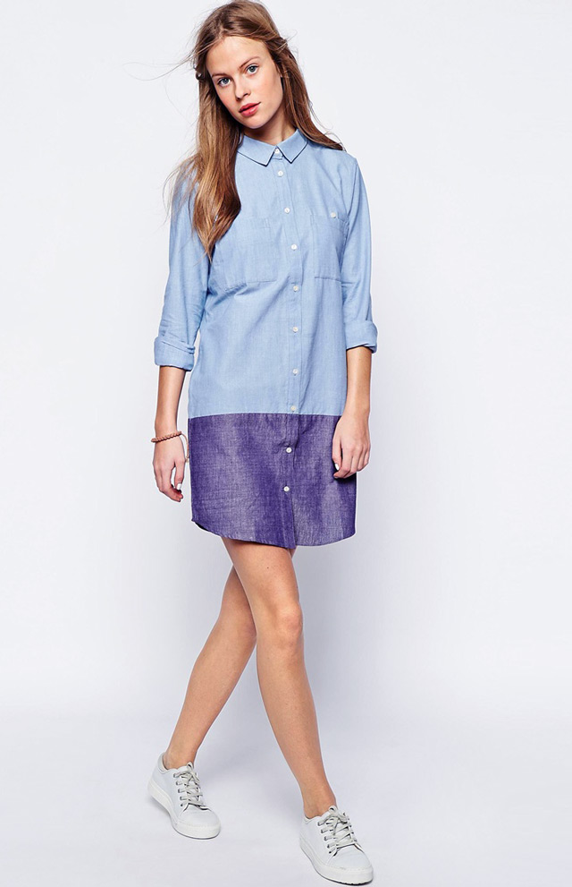 The chic new way to wear denim shirtdress and white sneakers. Great street style look!