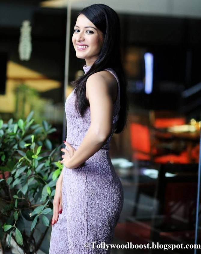 Telugu Girl Catherine Tresa Photo Shoot In Violet Dress