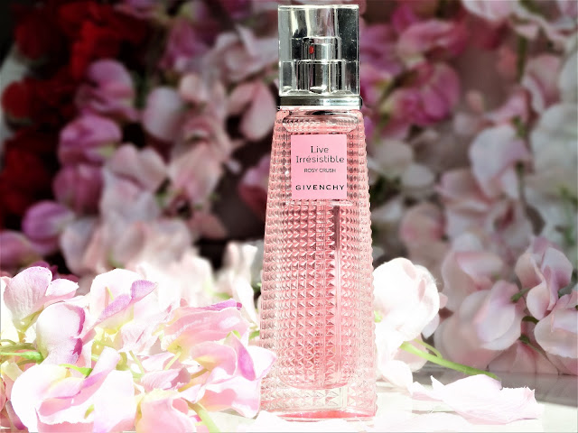 avis live irresistible rosy crush givenchy, nouveau parfum givenchy, avis parfum live irresistible givenchy, coffret live irresistible givenchy, avis le rose perfecto givenchy
