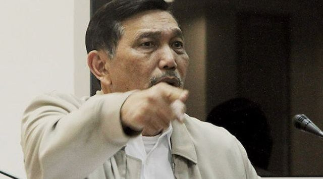 Luhut Ogah Ambil Risiko, Bukan Cuma Khawatir Menteri Ekonomi Bubar Usai Debat dengan Rizal Ramli, tapi Juga…