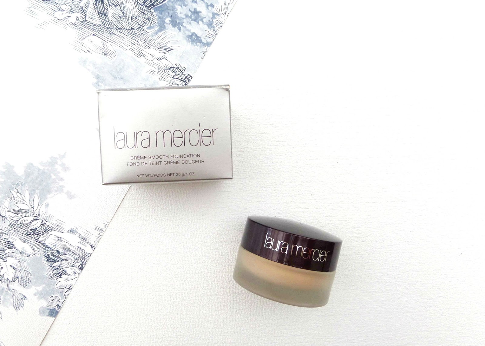 The Laura Mercier Creme Smooth Foundation