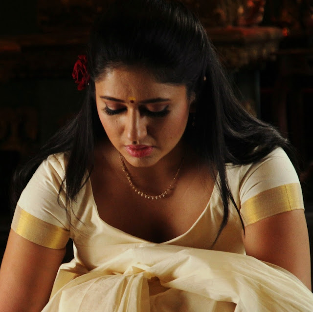 Poonam Bajwa Latest Hot Stills White Saree-9233