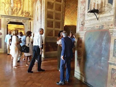 The Obamas visit the Duomo of Siena