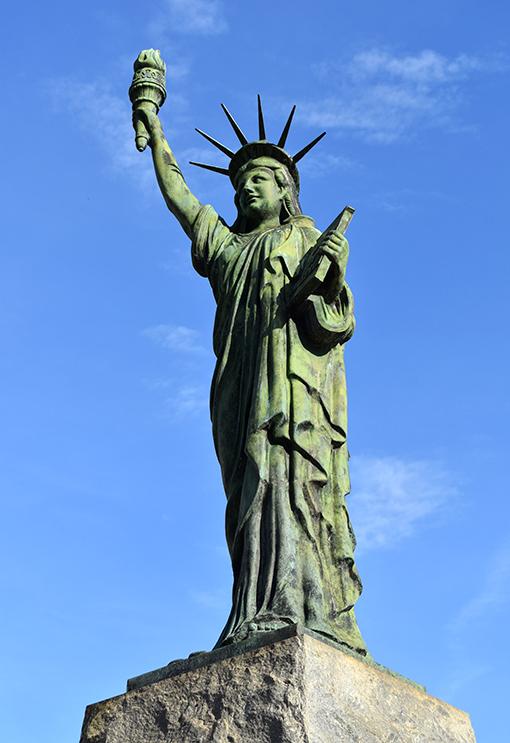 Statue of Liberty reproduction   Liberty Plaza   Photo: Travis Swann Taylor