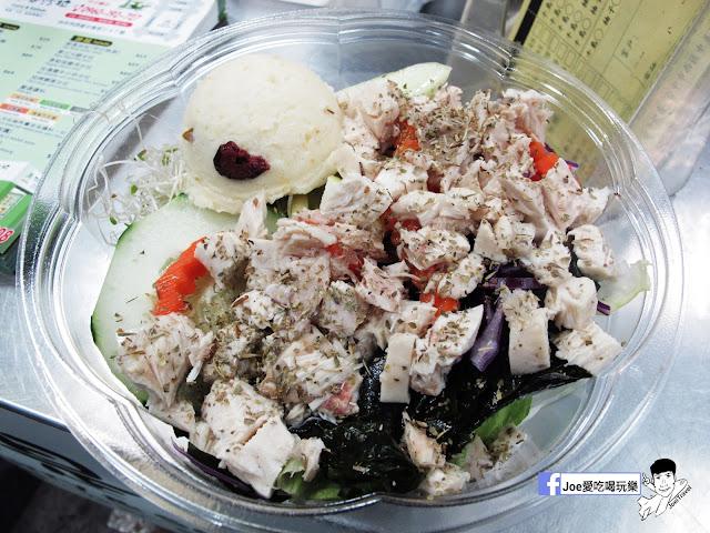 IMG 2813 - 【台中美食】不只是沙拉 ,咖哩 、 沙拉、 輕食專賣店,外食新主意, 均衡營養的沙拉配菜,運動完之後的首選輕食