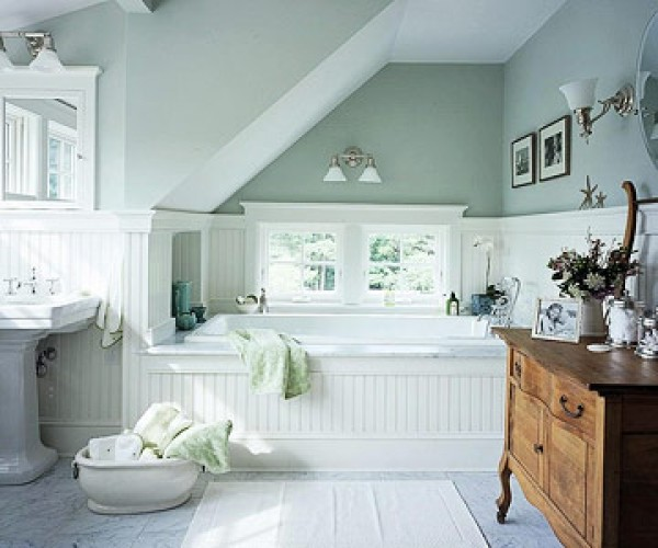 Small Bathrooms Cottage Style: Heir And Space: Decorating With Cool Colors