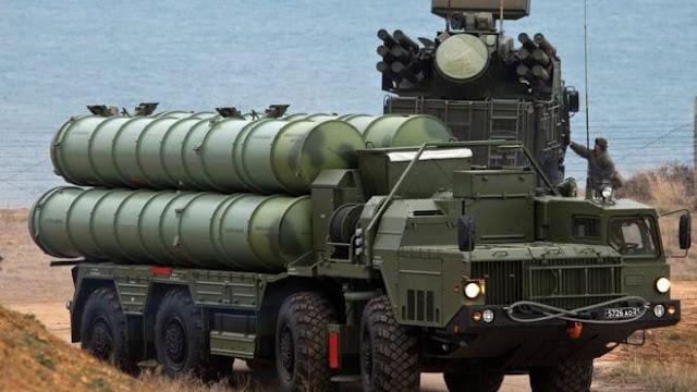 Sistem pertahanan udara S400 Rusia