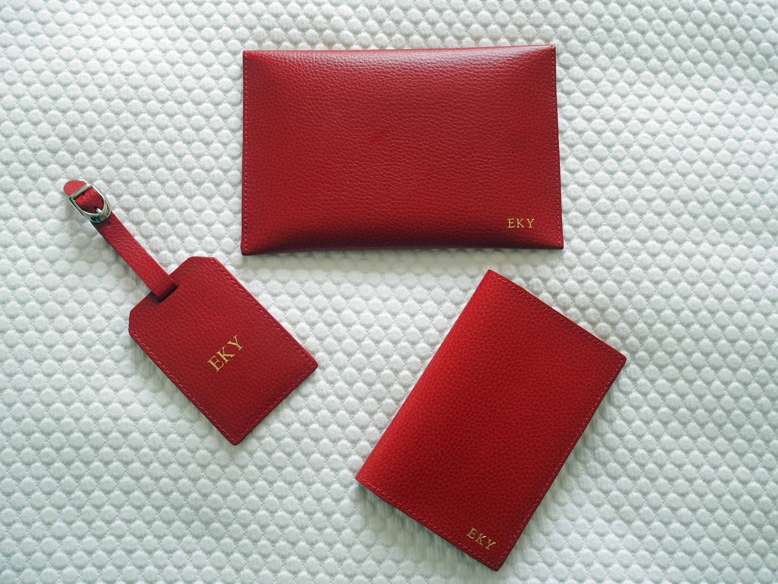 Pen-Heaven-monogrammed-embosssed-passport-holder-travel-wallet-luggage-tag-red-leather