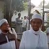Hinggap di Kepala Ustaz Abdul Somad, Burung Lovebird Ini Tak Mau Pergi, Ini Kata Ustaz Arifin Ilham