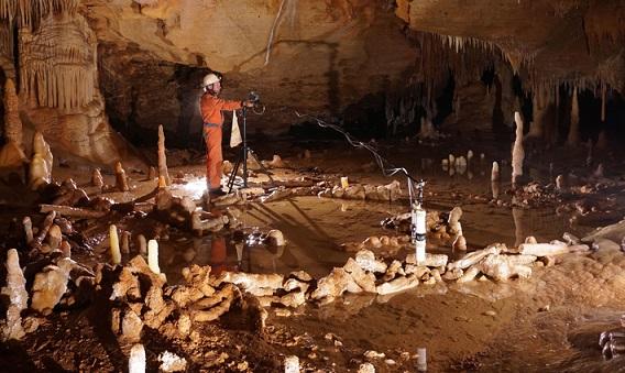 La grotte de Bruniquel été habitée par Néandertal