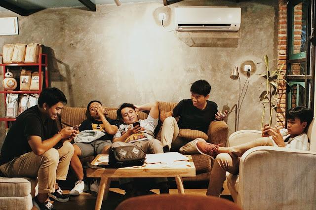4 Contoh Gaya Hidup Sehat Bebas Stres selama Pandemi Corona - Clouidnesia