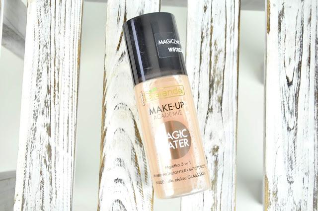 mgiełka rozświetlająca bielenda make-up acadamie magic water