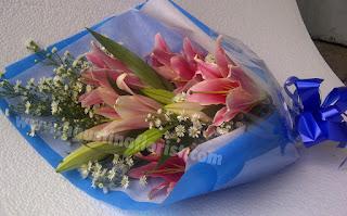 buket-bunga-lily-surabaya