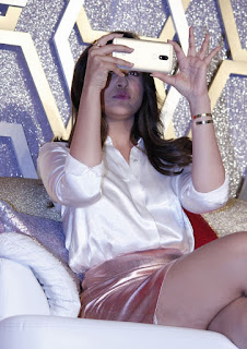Parineeti Chopra Stills in Golden Mini Skirt at Motorola Moto M Launch  0012.jpg