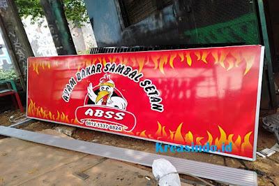 Neon Box untuk Restoran Ayam Bakar Sambal Setan Pesanan Bu Jesica di Cilandak Jakarta Selatan