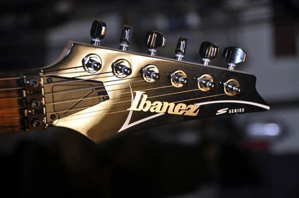 gitar ibanez