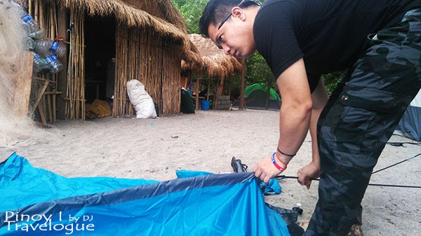 A friend of mine pitching a tent in Nagsasa