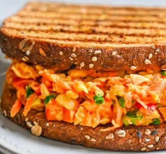 CHICKPEA CARROT SALAD SANDWICH #veggies #breakfast