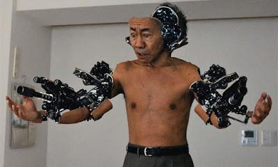 """Review del iive action """"Inuyashiki"""" de Shinsuke Sato."""