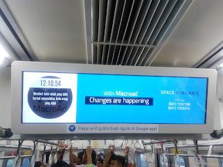 Iklan LED di Kereta Commuterline