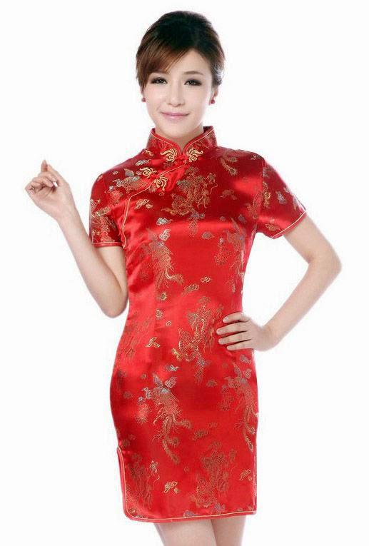Lleva motivos florales inspirados en la naturaleza y mitología china. Es  considerado símbolo de la belleza femenina. 287c5abdc334