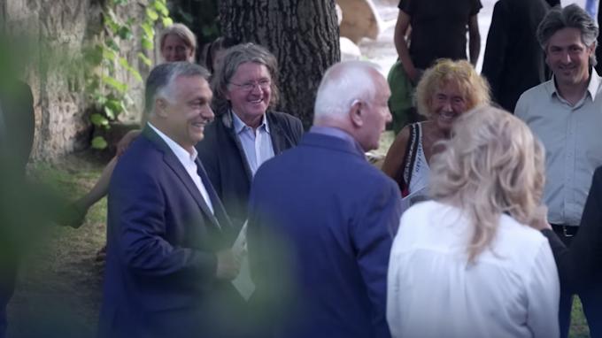 Kiderült, mit csinált Orbán Viktor Etyeken