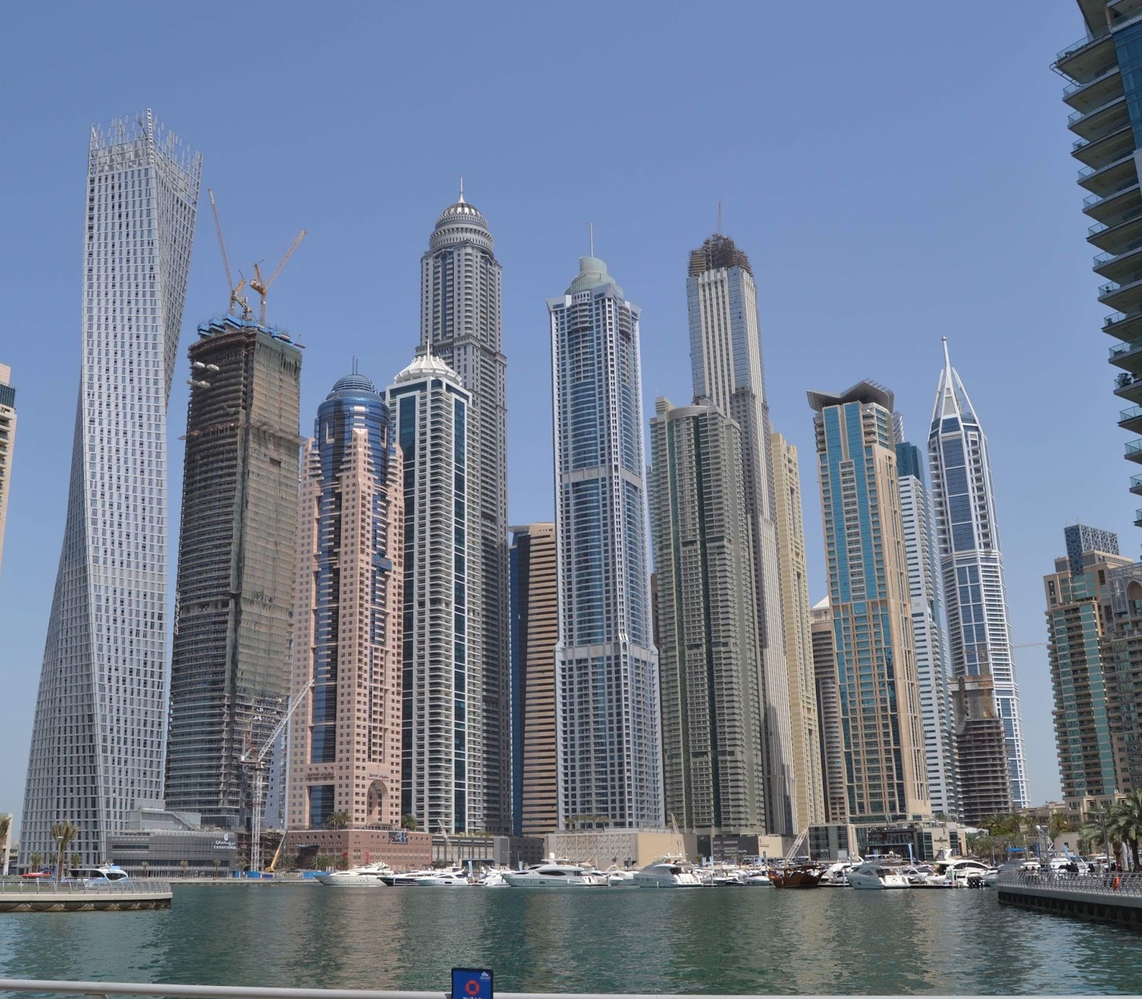 Expat life with chickenruby my sunday photo week 161 dubai marina they will mainly be in dubai however i do have a lot of travel planned to the uk this year and i love visiting historical sites castles and wandering reheart