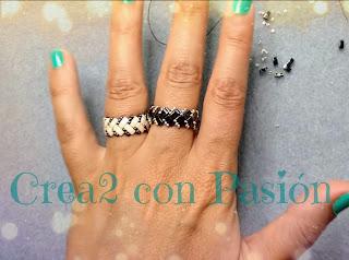 puesta-de-Anillos-zig-zag-half-tila-beads-de-crea2-con-pasión