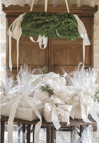 Pamela Pierce Pam Christmas dining room gifts