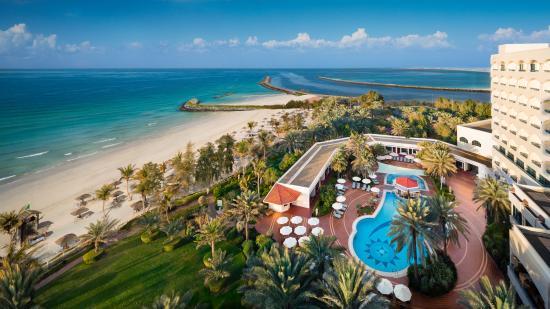 Safir Dana Beach Resort in Ajman