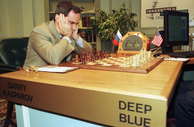 أسطورة الشطرنج Garry Kasparov: يجب على البشر احتضان التغير الذي سيجلبه الذكاء الاصطناعي