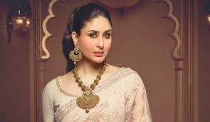 kareena-kapoor-with-neckles