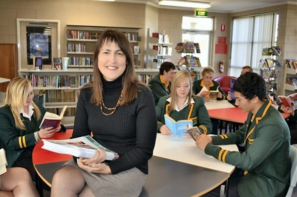 http://www.staff.utas.edu.au/news/articles/university-leads-national-effort-to-improve-maths-and-science-education