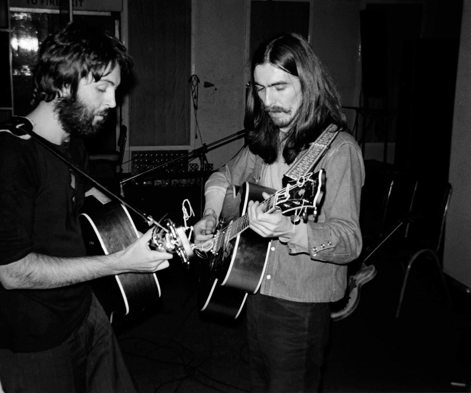 The Beatles Polska: Nieznanie zdjęcie Paula i George