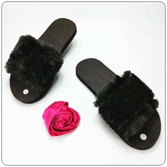 KABAR BAIK UNTUKMU !!! HARI INI KAMU BISA TAMPIL LEBIH CANTIK- GSJ- Sandal Teplek Slop Bulu GSJ- Pabrik Sandal Bogor