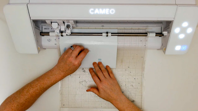 cameo 4, silhouette cameo beginner, beginner project, oracal 651, test weed
