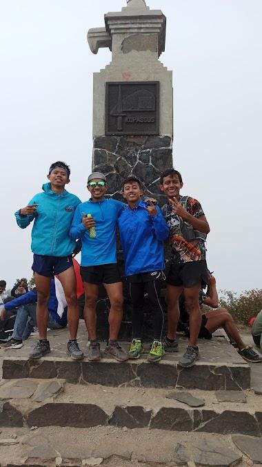 Berapa banyak kalori yang tubuh kita butuhkan saat berlari di gunung?