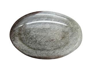 piedra preciosas de obsidiana plateada o brillante