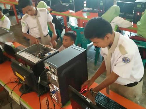 SMK jurusan jaringan komputer