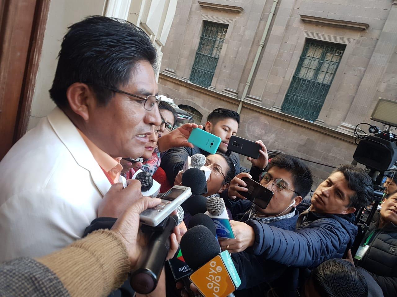 El gobernador paceño analiza la coyuntura electoral del país / GADLP